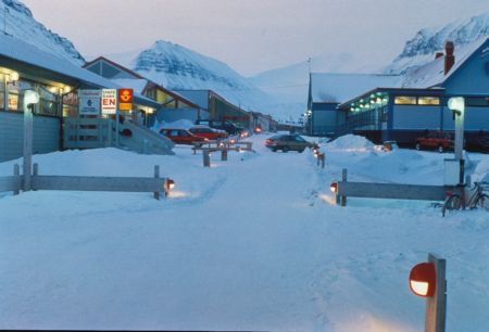 Longyearbyen Bars And Cafes Svalbard Weather